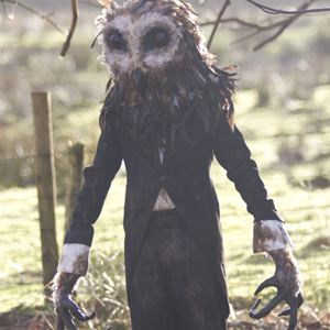 Halloween-Party-Costumes-creepy-owl-man-14